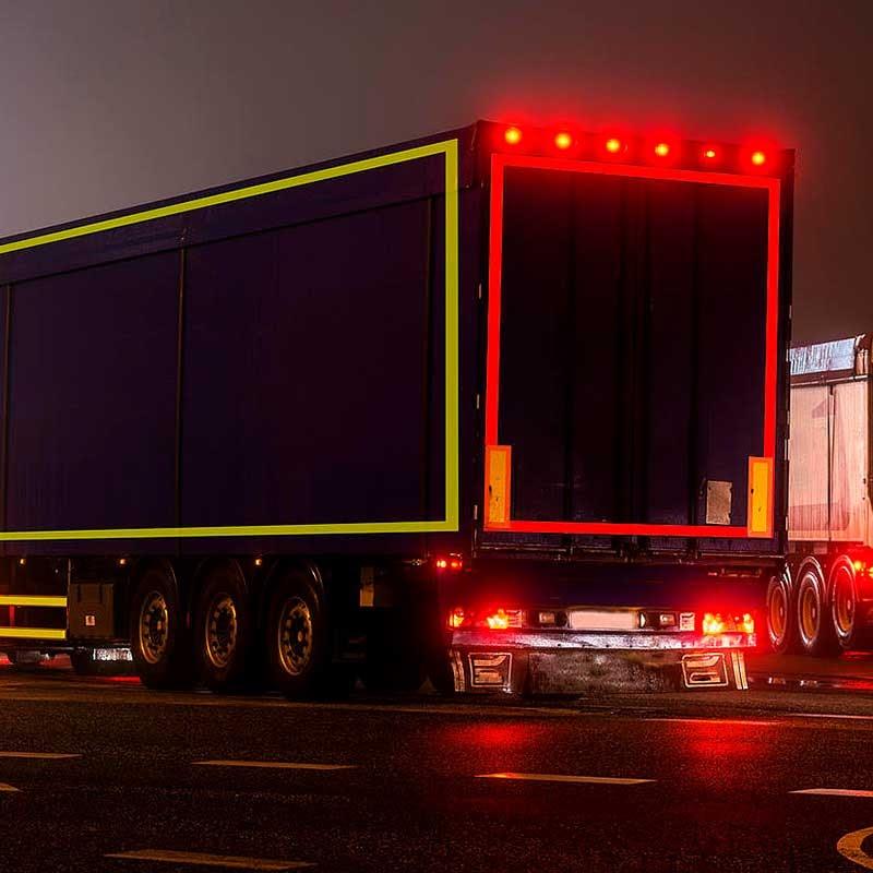 inscrições em camiões para segurança rodoviária
