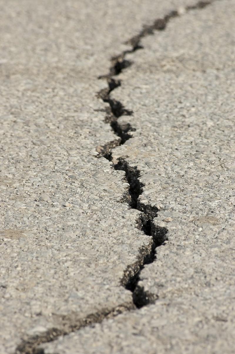 cómo hacer una reparación de asfalto